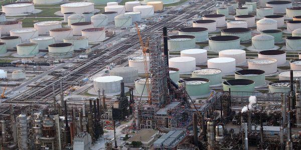 热带风暴导致美国墨西哥湾原油产量减少一半