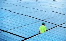 太阳能发电厂十年来比煤炭便宜