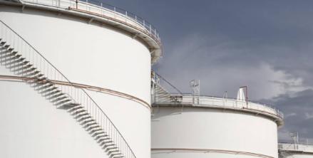 大型原油建造权重油价上涨