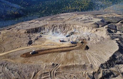 冠军铁打破了魁北克省Bloom Lake矿山的季度生产记录