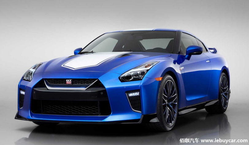 日产在2019年纽约车展上发布了其标志性GT-R五十周年纪念版