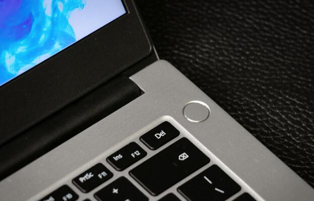 评测HUAWEI MateBook D 14锐龙版怎么样以及荣耀MagicBook 14多少钱