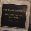 艺术家将路易斯·巴拉贡的遗体变成钻石以换取他的档案