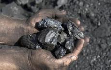煤矿的拍卖和收益共享模式可能会导致煤炭的生产成本高昂