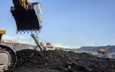 尽管印度拥有世界第四大煤炭储量 但仍进口了约2.35亿吨煤炭
