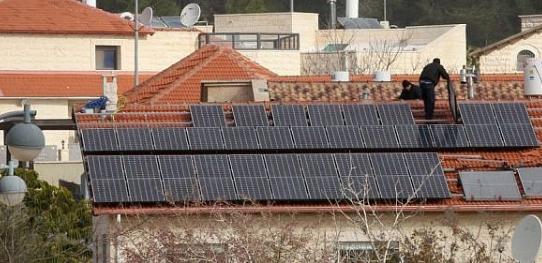 研究人员开发了用于测量城市屋顶太阳能潜力的系统