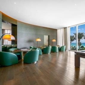 奢侈品设计师乔治阿玛尼帮助设计了南佛罗里达州的一座住宅摩天大楼