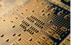 研究人员构建了速度超过7GB/s的开源SSD控制器